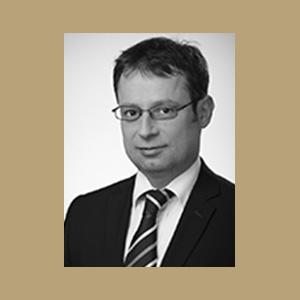 Dr. Álmos Papp