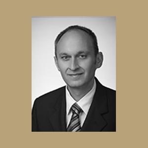 Dr. Péter Szemán